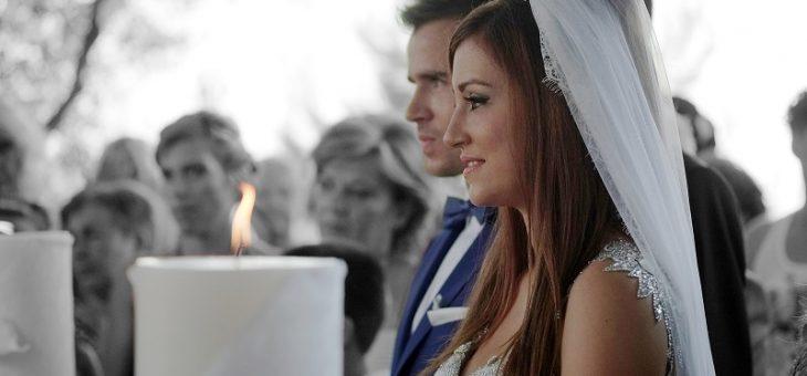 Tout savoir sur une officiante de cérémonie laïque pour son mariage