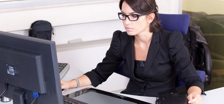 Comment trouver une hôtesse pour son évènement d'entreprise